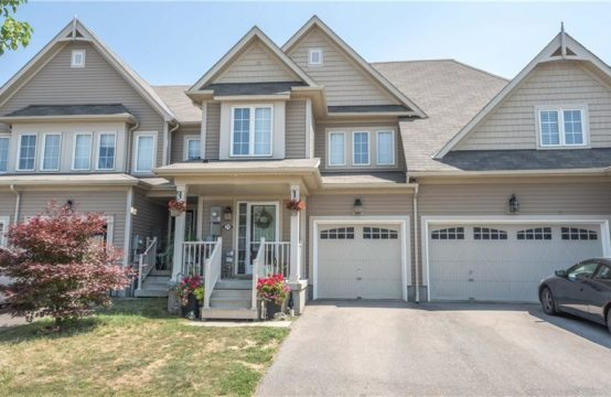 71 ENGLISH Lane, Brantford, ON N3T 0G9