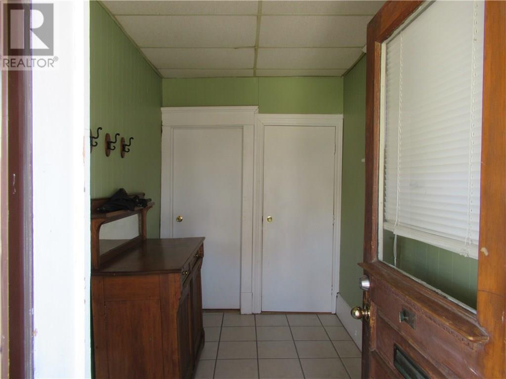 481 Colborne Street, Brantford, Ontario  N3S 3N9 - Photo 2 - 30653750