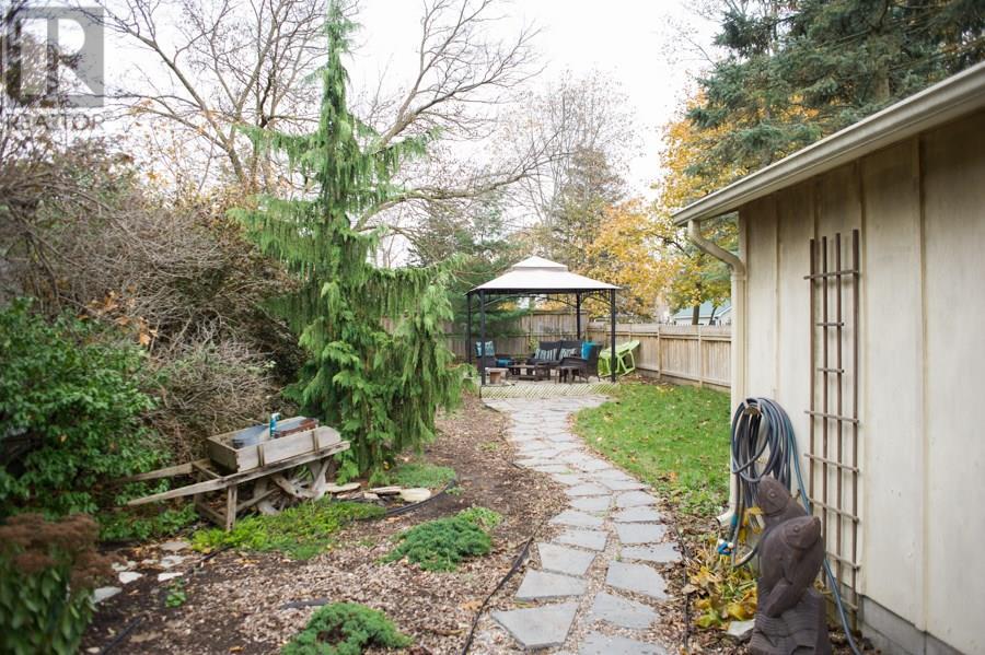 20 Chestnut Avenue, Brantford, Ontario  N3T 4C1 - Photo 26 - 30655394