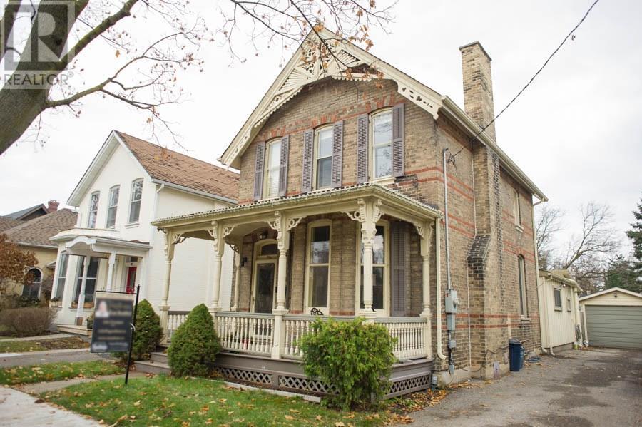 20 Chestnut Avenue, Brantford, Ontario  N3T 4C1 - Photo 3 - 30655394