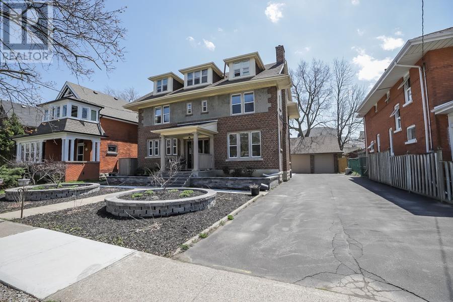145 Sheridan Street, Brantford, Ontario  N3S 4P5 - Photo 2 - 30655813