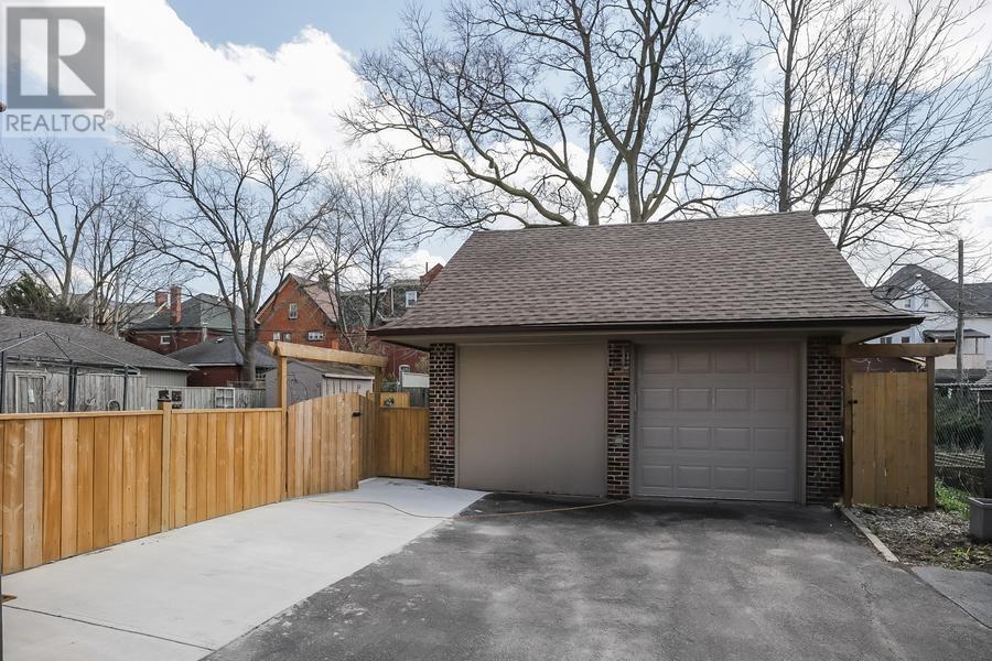 145 Sheridan Street, Brantford, Ontario  N3S 4P5 - Photo 24 - 30655813