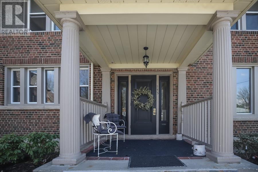 145 Sheridan Street, Brantford, Ontario  N3S 4P5 - Photo 3 - 30655813