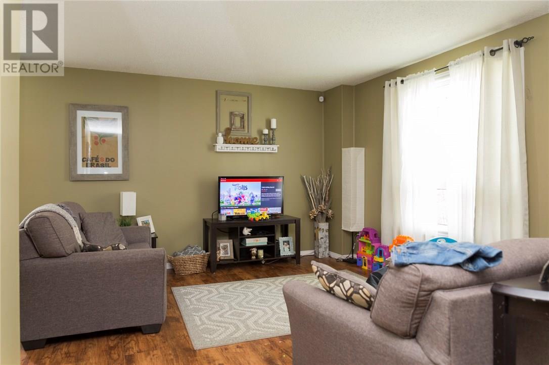 2 Tuxedo Avenue, Brantford, Ontario  N3T 1V8 - Photo 24 - 30658197