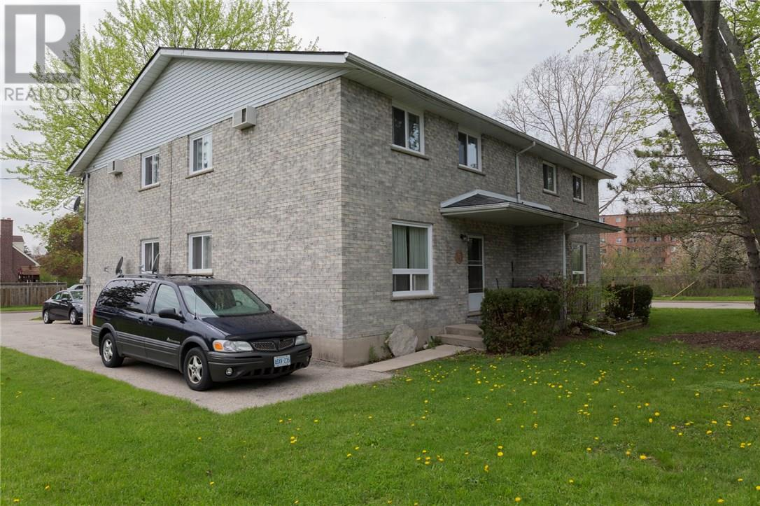 2 Tuxedo Avenue, Brantford, Ontario  N3T 1V8 - Photo 3 - 30658197
