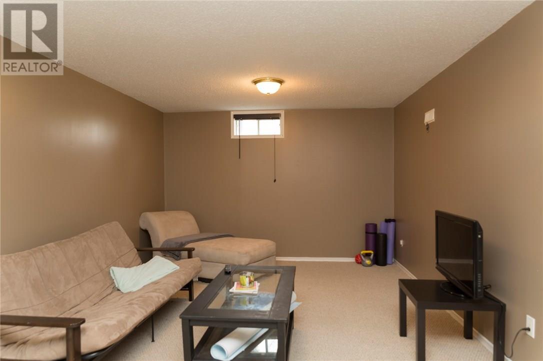 2 Tuxedo Avenue, Brantford, Ontario  N3T 1V8 - Photo 39 - 30658197