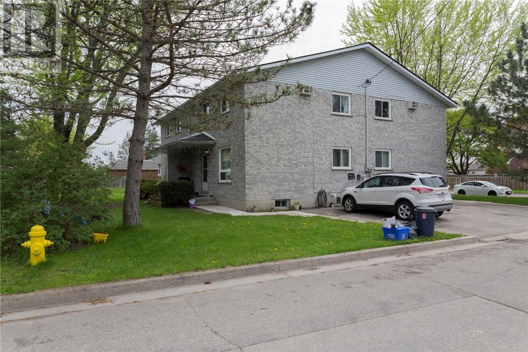 2 Tuxedo Avenue, Brantford, Ontario  N3T 1V8 - Photo 5 - 30658197