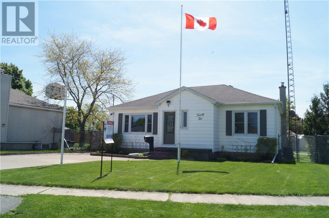 22 MANOR Road, st. catharines, Ontario