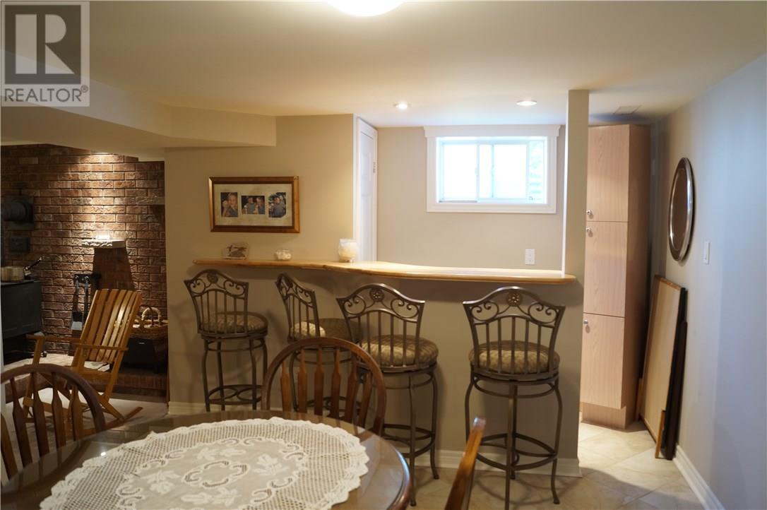 22 Manor Road, St. Catharines, Ontario  L2N 3B5 - Photo 33 - 30658242